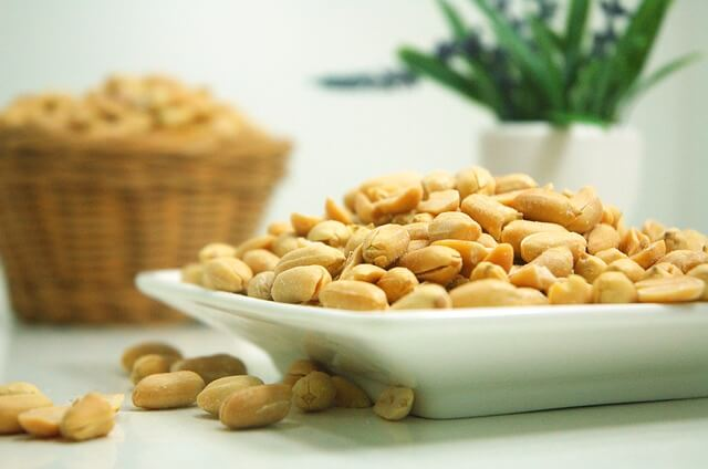 vitamins-best-food-sources-peanuts