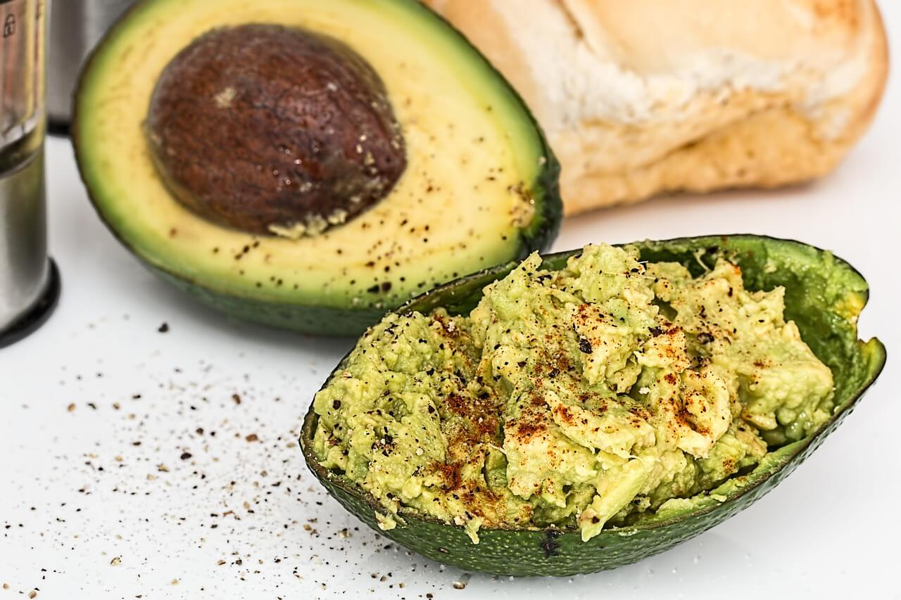 15-best-foods-for-a-healthy-heart-avocado