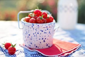 foods-to-avoid-for-breakfast-tomatoes