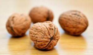 walnut-health-benefits-side-effects-how-many-walnuts-a-day