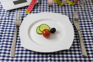 how-to-eat-to-lose-weight-and-to-stay-fit-and-healthy