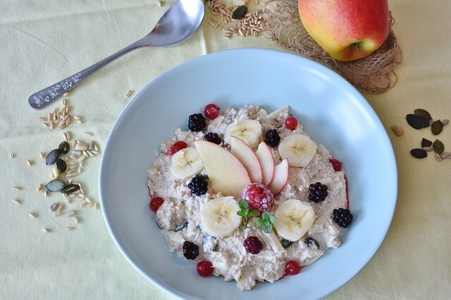 best-anti-anxiety-foods-bananas-oats