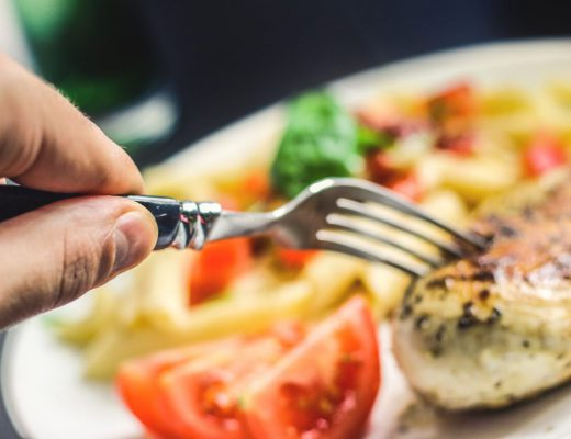 8-signs-and-symptoms-of-protein-deficiency-in-your-diet