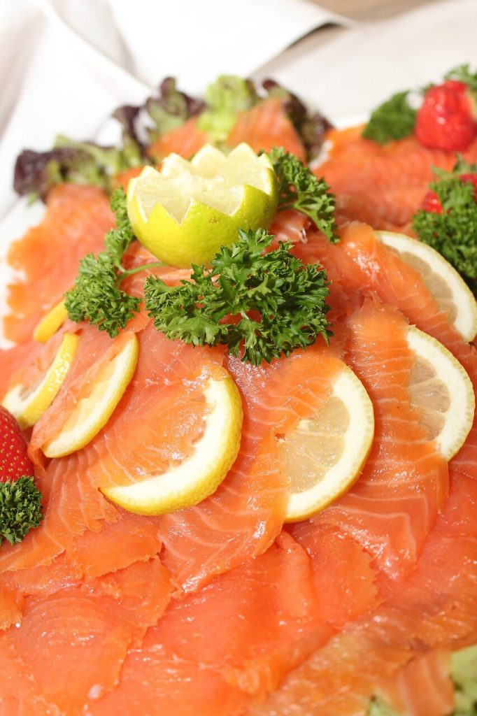 salmon-best-foods-for-a-perfect-tan-and-a-healthy-skin