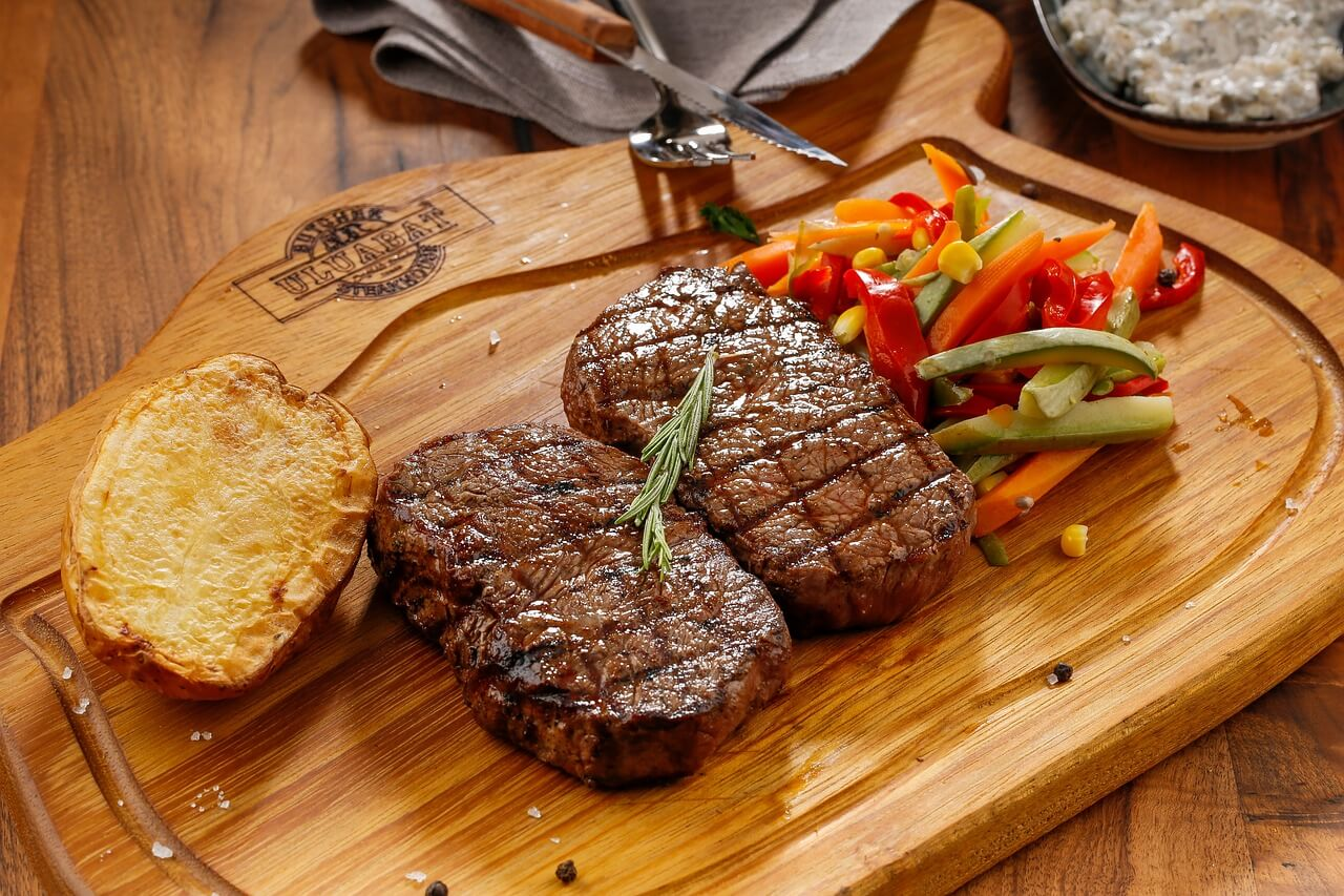 foods-that-cause-fatigue-red-meat