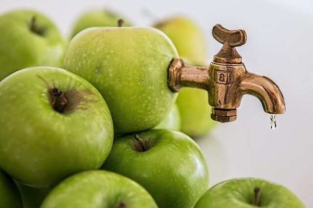 apple-juice-to-detox-the-liver